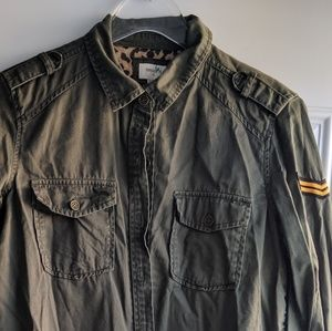 Light Cargo Button Up